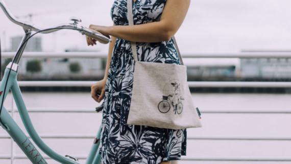 Musette Rosalie à bicyclette